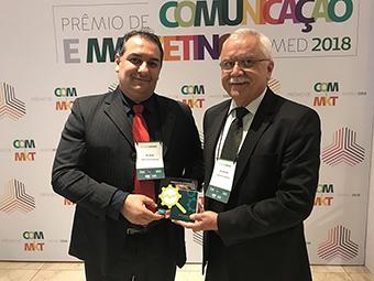 Unimed recebe troféu em São Paulo - Notícias - Unimed Circuito das Águas fec09a0b81abb