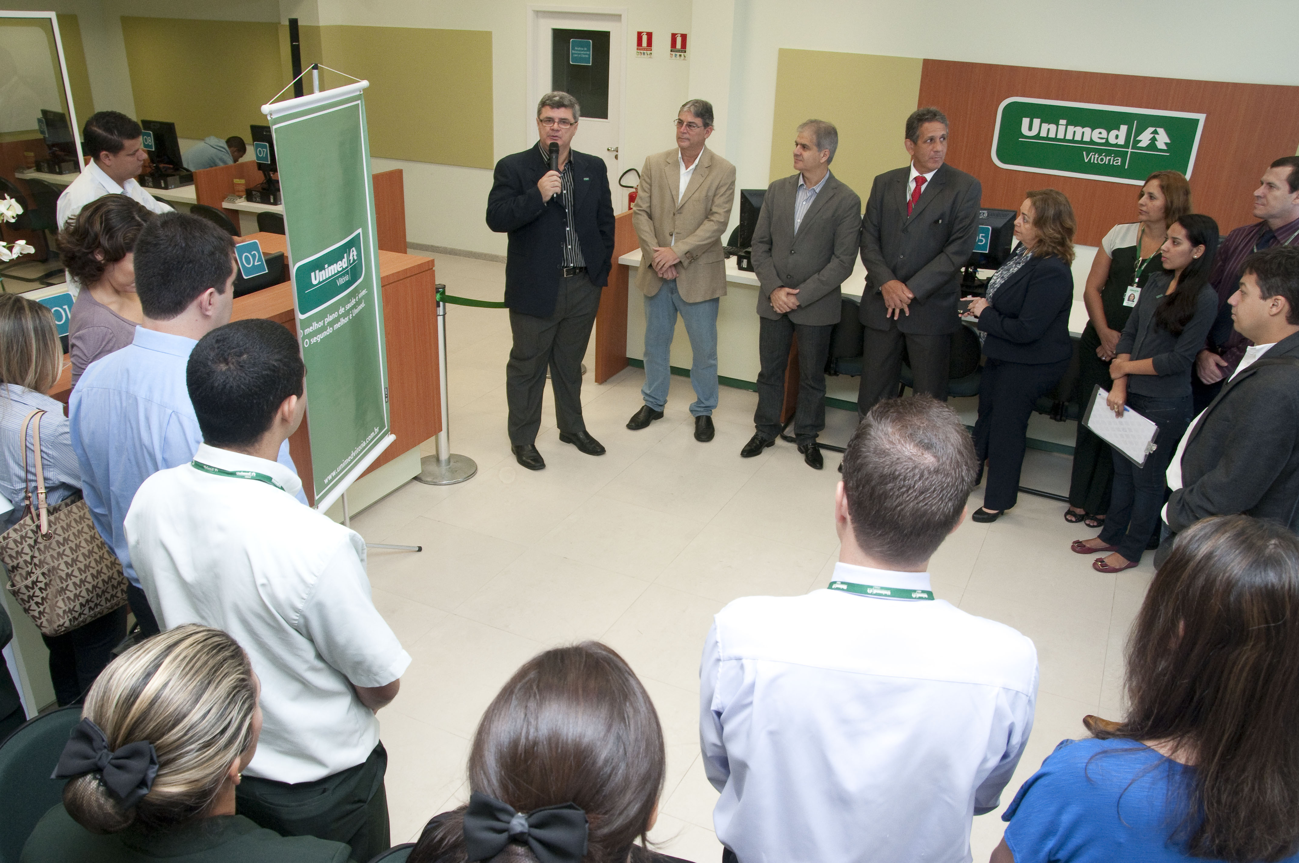 A Unimed Vitória inaugurou no início do mês de maio sua nova Loja de  Atendimento aos clientes 2e81b5134d70f