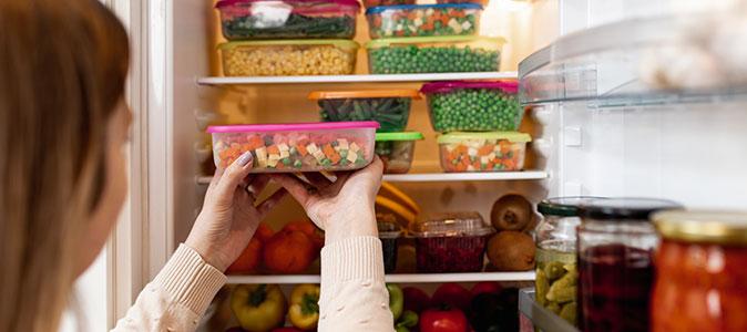 alimentos congelados na geladeira