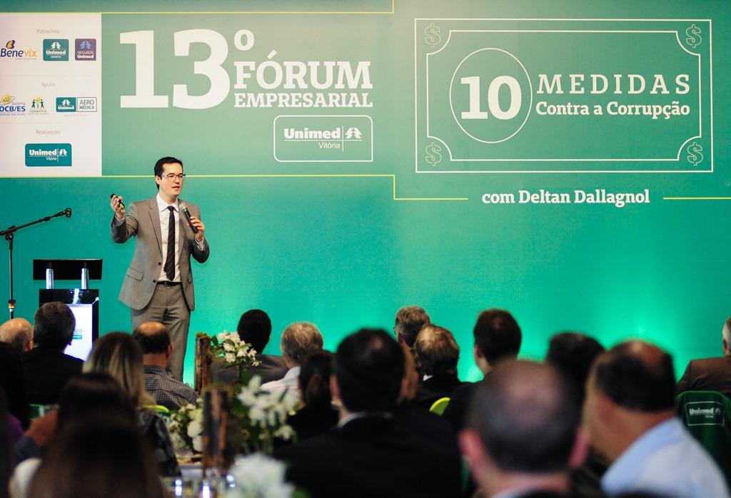 9f769d3b56 Combate à corrupção é tema do 13º Fórum Empresarial realizado pela Unimed  Vitória
