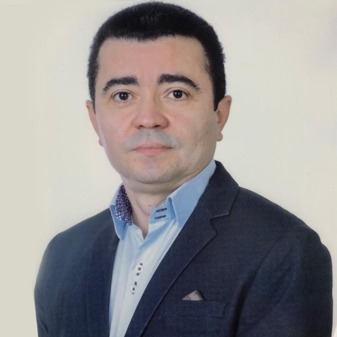 Dr. Irisnaldo Felix