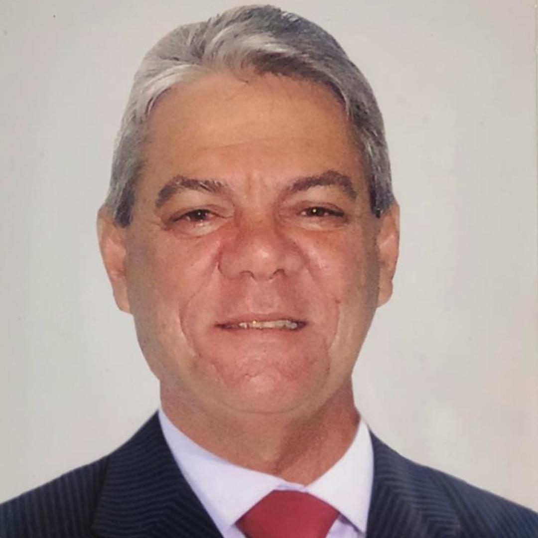 Dr. Romulo Lopes